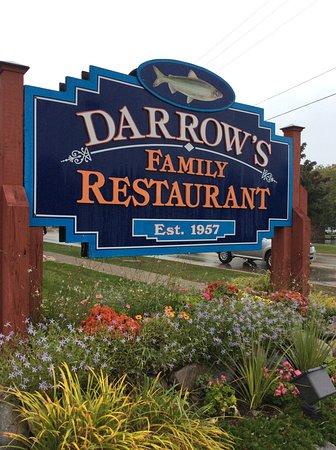 Darrow's Family Restaurant: Sign