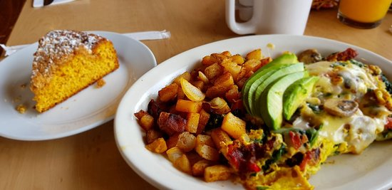 Great omelette and pumpkin cake