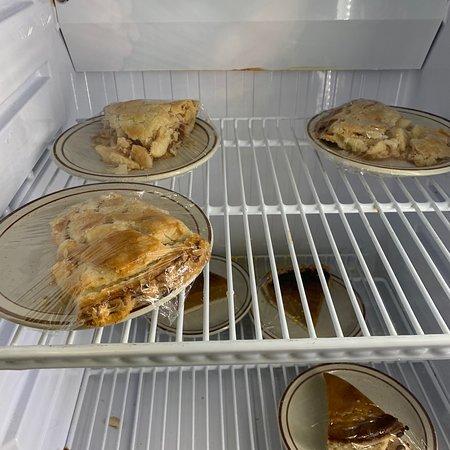 Sun City West, AZ: The apple pie isn't homemade but it is sweet.
