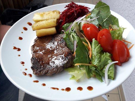 Point Açaí Matriz e Restaurante Light: Combo salada simples + Proteina + carboidrato