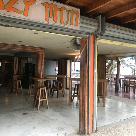 The Lazy Mon Sports & Music Bar afbeelding