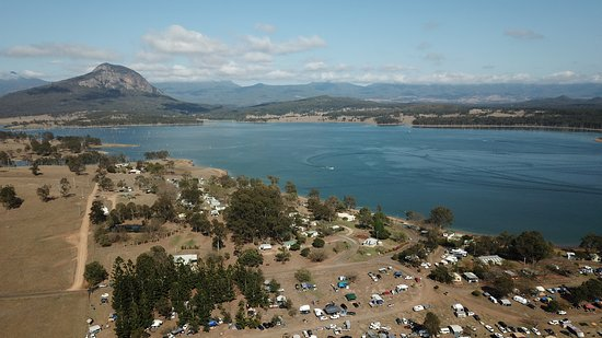 Moogerah, Australia: Looking south over the main camping area, about half full