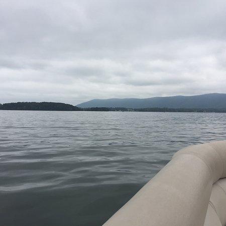 Smith Mountain Lake: photo2.jpg