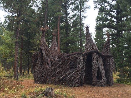 Blackfoot Pathways:Sculpture in the Wild Foto