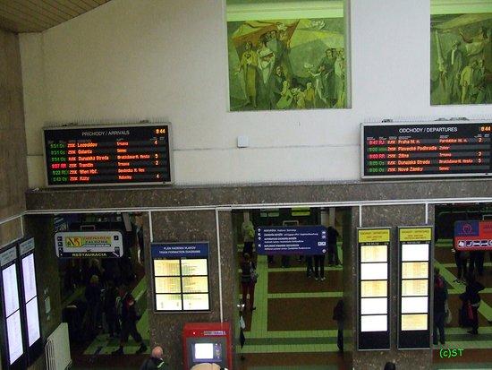 Welcome to Slovakia - Picture of Bratislava Hlavna Stanica