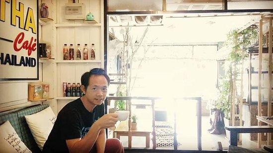Sin Lapin WhiteTemple: ที่สุดของร้านกาแฟวัดร่องขุ่น