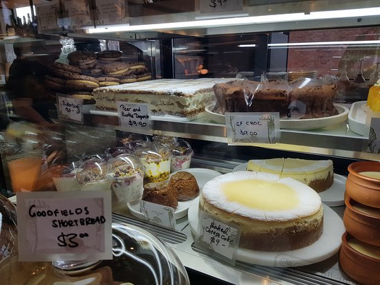 Lindfield, أستراليا: Gina's beautiful homemade cakes and biscuits
