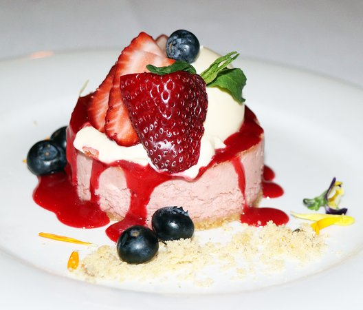The Point Restaurant: Balsamic and Strawberry Crème Fraiche Cheesecake
