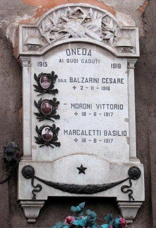 Monumento Ai Caduti Di Oneda