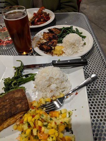 Beerworks No. 2 Salem: Salmon, Turkey Tips, and the Stir Fry dinners!