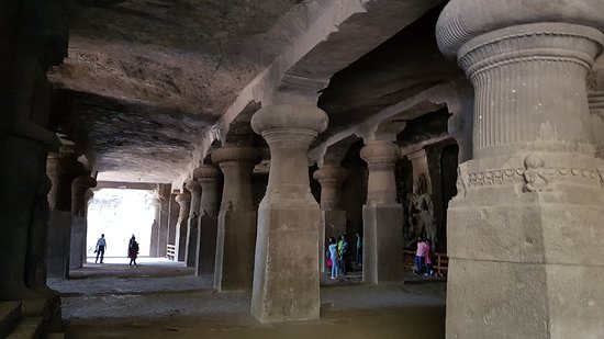 Elephanta Caves: 20181006_110351_large.jpg