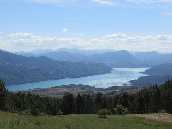 Lac de Saint-Apollinaire : Blick auf den Lac de Serre-Poncon