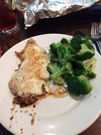 Independence, OH: LongHorn Steakhouse