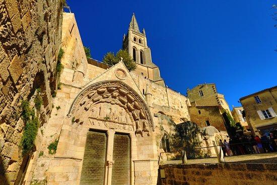 圣艾米隆独石教堂