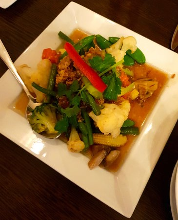 Culcheth, UK: Stir Fried Mixed Vegetables with Oyster Sauce (Splendid)