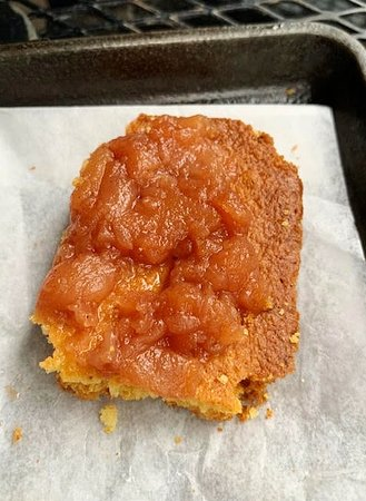 Freshly baked corn bread wtih apple butter is served first