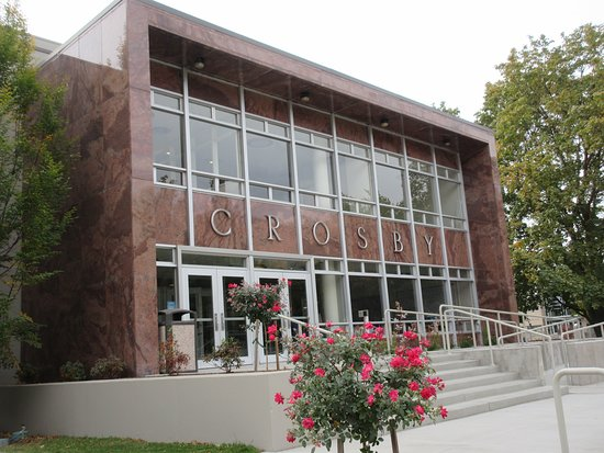 Crosby building on Gonzaga University campus Picture of Gonzaga