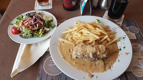 Gerolstein, Γερμανία: 20181007_175906_large.jpg