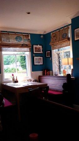 Rosemarkie, UK: ristorante del Plough Inn