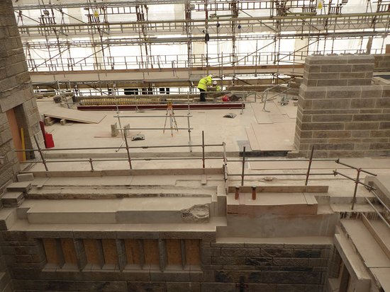 Drewsteignton, UK: Looking from the viewing tower over the works in progress