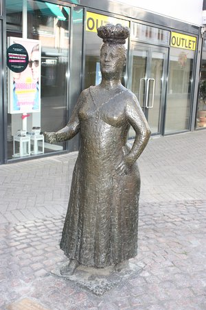 Odense, The woman with the eggs