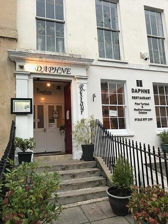 Daphne exterior