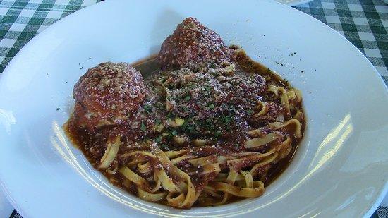 Harahan, LA: Spaghetti & Meatballs.