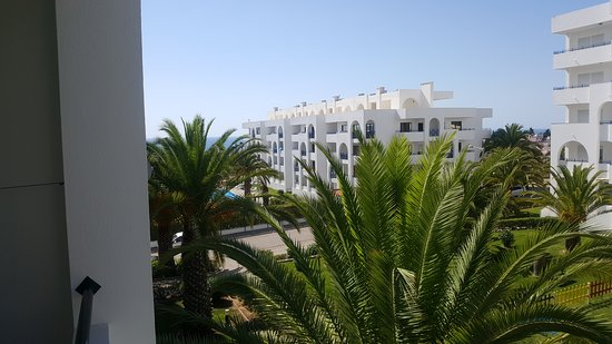 Be Smart Terrace Algarve: Lateral sea view from balcony.