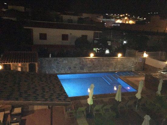 San Nicolas, Spanien: piscinas, vistas desde la habitacion