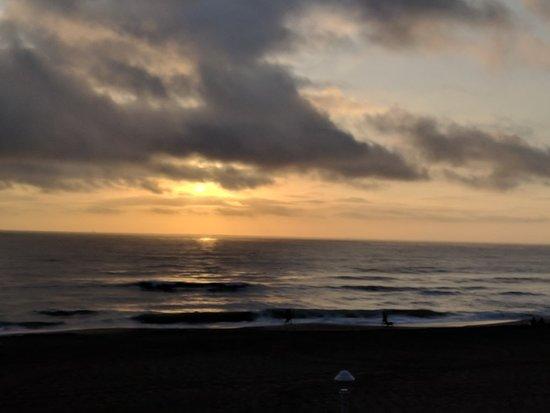 Virginia Beach Boardwalk: IMG_20181007_072637_large.jpg
