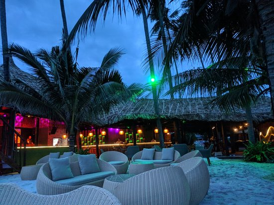 Chameleon Beach Bar
