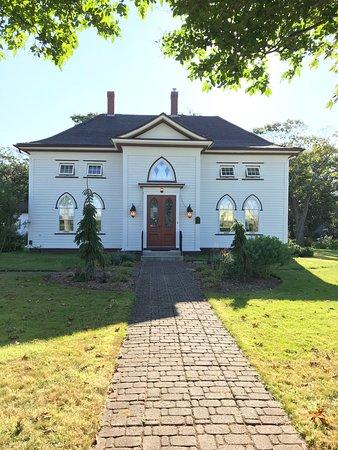 Murray Manor Art & Culture House: Murray Manor House