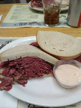 Glen Rock, NJ: Hot pastrami sandwich I've had tonight