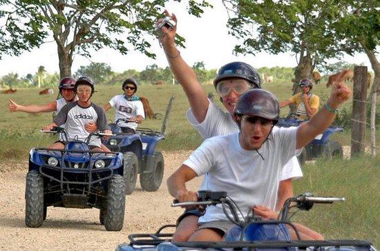 Excursão com ATV 4x4 até a praia...