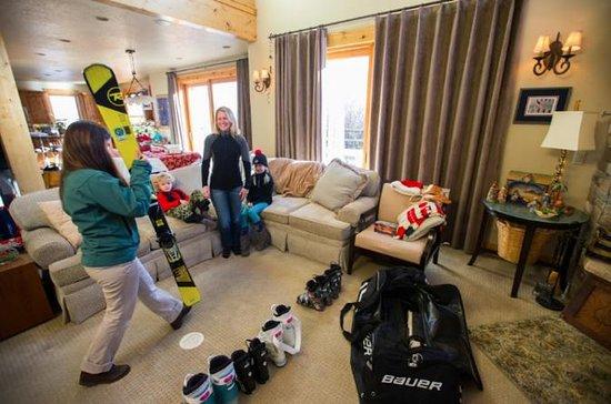 Paquete de alquiler de esquí de alto...