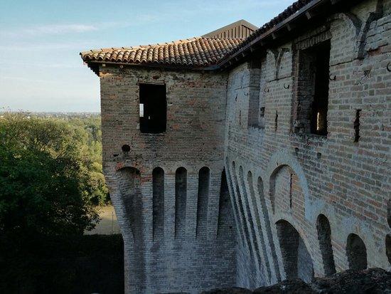 Montechiarugolo, Italie : IMG_20181007_171202_large.jpg