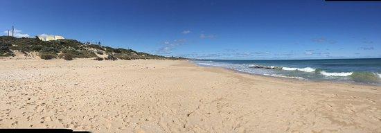 Beachfront the Wedge on the beach, Halls Head, Mandurah