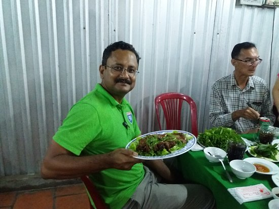 I had my first ever 'field rat' at Ba Tam restaurant, Cao Lanh City of Dong Thap.