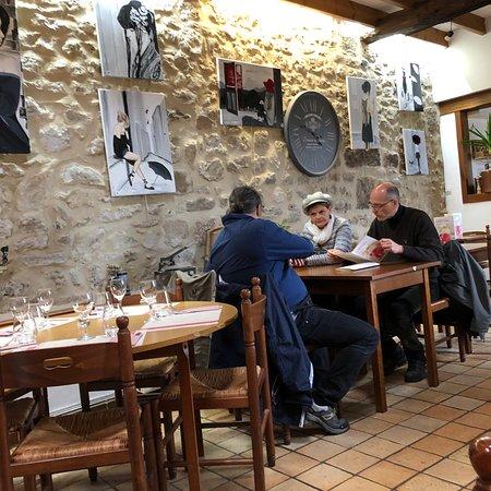 Gerberoy, Frankrike: Les Remparts