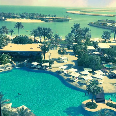 Μπαχρέιν: Ritz carlton Bahrain, one of the best hotel and best view best beach and best service ever