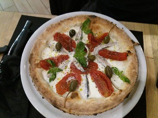 Il fico: Pizza con pomodoro San Marzano