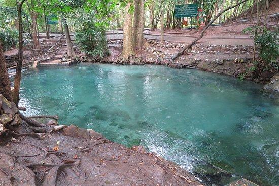 Ban Tha Chang spring