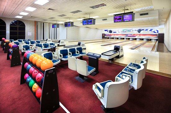 Pasir Gudang, Malaysia: Bowling