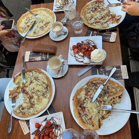 Spectacular / Best Breakfast/Desserts/Pancakes