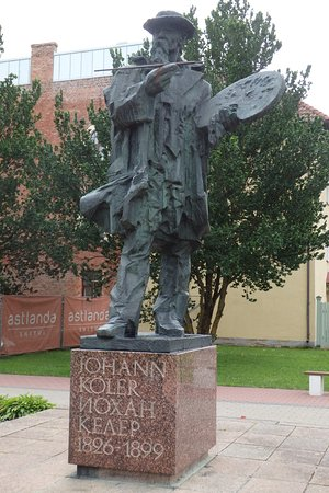 Statue of Johann Köler, born in Viljandi County