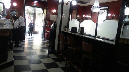 Cerveceria Santa Barbara: Un clásico