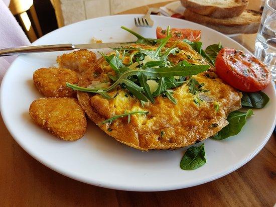 Other Side of the Moon Restaurant & Bar: Spanish Omelette