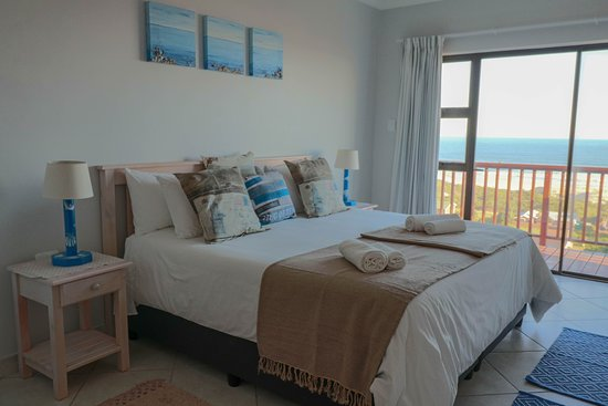 Oyster Bay, Sudáfrica: Mooiuitsig with own bathroom and private balcony