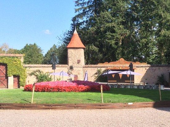 Chateau de Peufeuilhoux