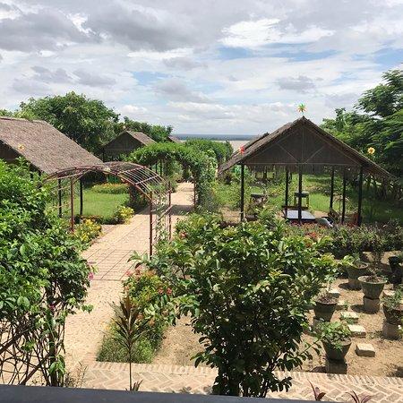 Pakokku, Myanmar: River Garden Kitchen